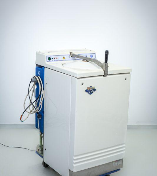 to urządzenie do dekontaminacji oraz utylizacji wkładów jednorazowych (naczyń i materiałów wykonanych z pulpy celulozowej: kaczki, baseny, miski nerkowate itp.)