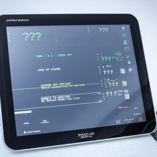 """Kardiomonitor Spacelabs XPREZZON 19"""" Monitor pacjenta"""