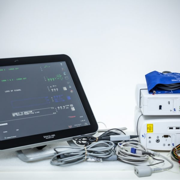Kardiomonitor Spacelabs XPREZZON 19″ moduł BIS, CO2 Monitor pacjenta